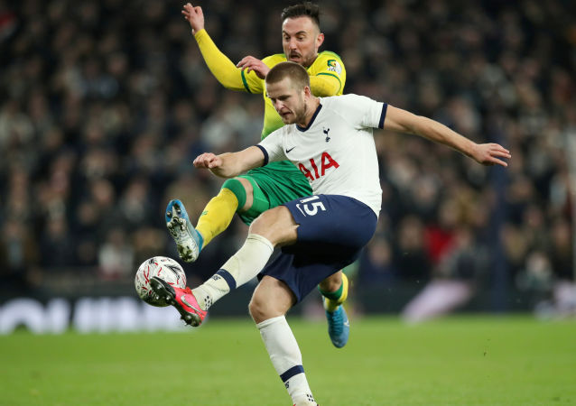 FILE PHOTO: Soccer Football - FA Cup Fifth Round - Tottenham Hotspur v Norwich City - Tottenham Hotspur Stadium, London, Britain - March 4, 2020  Tottenham Hotspur's Eric Dier in action with Norwich City's Josip Drmic   Action Images via Reuters/Peter Cziborra/File Photo