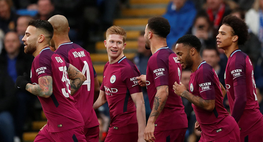 Soccer Football - FA Cup Fourth Round - Cardiff City vs Manchester City - Cardiff City Stadium, Cardiff, Britain - January 28, 2018 Manchester City's Kevin De Bruyne celebrates scoring their first goal with teammates