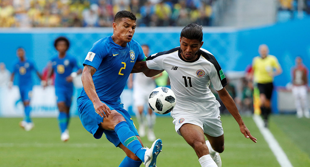 Soccer Football - World Cup - Group E - Brazil vs Costa Rica - Saint Petersburg Stadium, Saint Petersburg, Russia - June 22, 2018 Costa Rica's Johan Venegas in action with Brazil's Thiago Silva